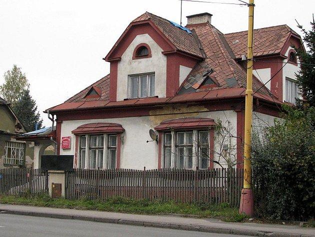 Dům, ve kterém proběhla policejní razie