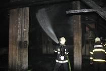 Zásah hasičů u požáru domu v Bohumíně