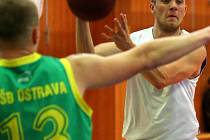Naplno se rozjíždí i basketbalové soutěže.