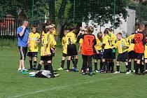 Nadokresní fotbalové soutěže mládeže pokračovaly dalšími koly.