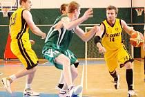 Basketbalisty Karviné obrali o výhru v Kroměříži rozhodčí.