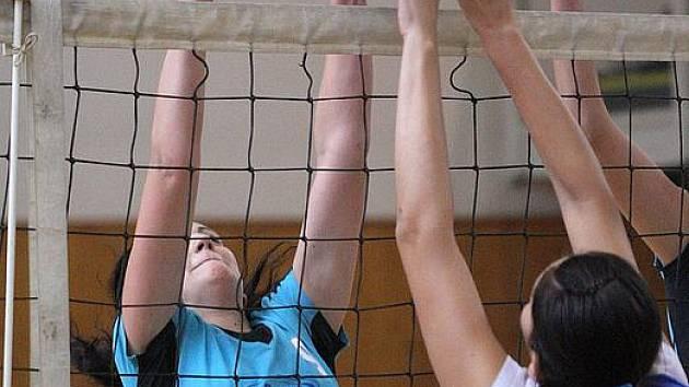 Juniorky Jäklu v Opavě prohrály s loňským účastníkem extraligy.