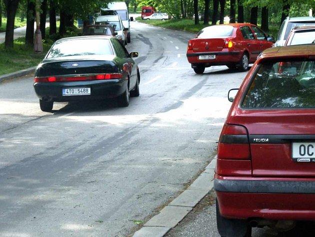 Havířovská radnice by ráda co nejrychleji na Moskevské ulici zřídila jednosměrný provoz.