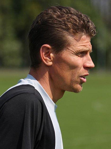 Trenér karvinského staršího dosotu U19 Petr Mašlej.