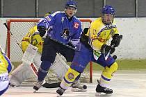 Orlovští hokejisté si po porážce v Břeclavi zvedli náladu v Uničově.
