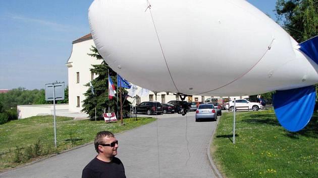Balon, který umožnil nafotit město z ptačí perspektivy