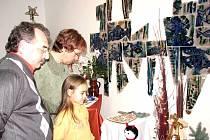 Na vánoční výstavě představily své výrobky Těrlické ženy.