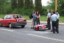 Nehoda motocyklisty na Dělnické ulici v Havířově