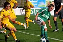 Ondřej Ficek (v zeleném) by mohl v Jihlavě vymyslet nějakou kulišárnu. Nejlépe gólovou.