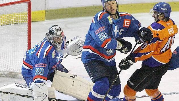 Orlovští hokejisté poprvé padli doma.