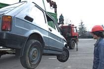 Lidé se mohou zbavit svých starých aut