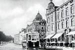 Nádražní ulice před 1. světovou válkou.