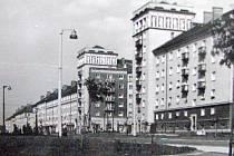 Dřívější podoba křižovatky Hlavní třídy s ulicemi J. Wericha a ČSA.