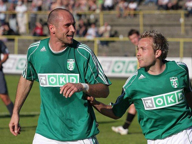 Martin Opic (vlevo) - nejlepší střelec Karviné v ročníku 2009/10.