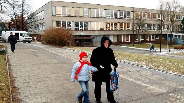ZŠ Školní v Orlové na archivním snímku
