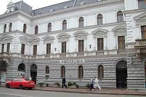 Hledání a určení vlastníka části budovy Muzea Těšínska trvá již 10 let.