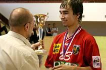 Marek Monczka možná převezme na pražském turnaji další trofej svého týmu. Pokud karvinská výprava do Prahy pojede samozřejmě.