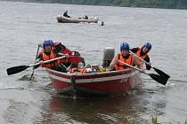 Na přehradě Slezská Harta se uskutečnil dvanáctý ročník soutěže ve vodním záchranářství. Tento rok se museli účastníci potýkat nejen s náročnými úkoly, ale i s vlnami, které dělal silný vítr.