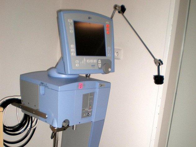 Nemocnice má nové plicné ventilátory