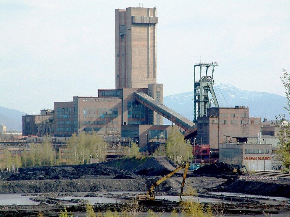 Z obzoru zmizí těžní věže i většina budov.