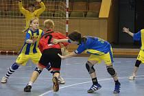 Mladé házenkářky Sokola si po sezoně odjely zahrát na prestižní turnaj do Kunovic.