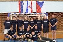 Výprava karvinských házenkářů na turnaji v Chorvatsku.