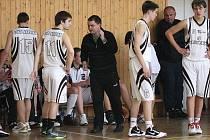 Kadeti basketbalového Sokola bojují o první čtyřku.