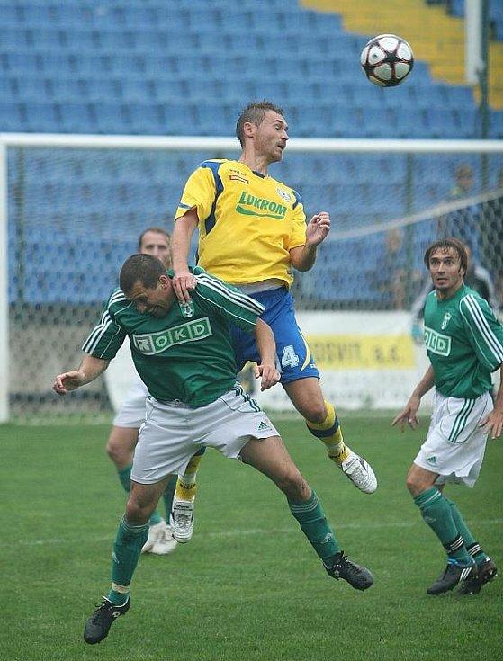 Jediný gól zápasu vstřelil ve druhém poločase Karel Kroupa (ve žlutém).
