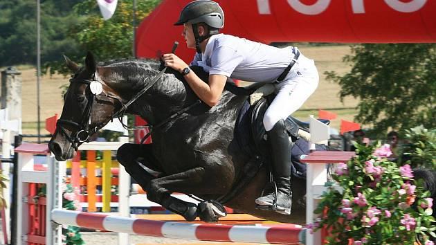 Jan Zwinger na koni Sisi 5 z Mustangu Lučina zvítězili i v soutěži S**