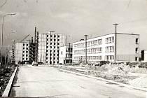 Výstavba horní části tehdejší ulice Rudé armády.