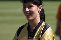 Kapitánka Těšína Kristýna Dordová dala krásný gól.