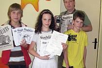 Část redakce Mendelíčku: zleva Matěj Křížecký, Veronika Oleowniková, Pavel Wojnar a Jakub Trávníček.