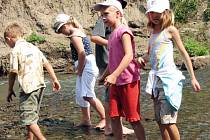 Řeka Lučina je často navštěvovaným místem v rámci příměstských táborů.
