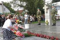 Pietní akt u životického památníku