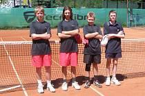 Družstvo starších žáků TK Havířov. Zleva Josef Fajkus, Filip Matějka, Vladimír Krystyn a Kamil Šafránek.