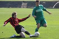 Fotbaloví dorostenci Karviné (v zeleném) sedmi góly rozstříleli Bytřici pod Hostýnem.
