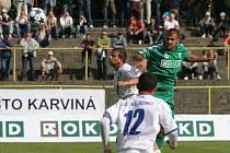 Martin Suchý (v zeleném) odchází společně s gólmanem Tomášem Kučerou do Liptovského Mikuláše.