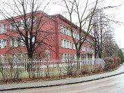 Střední průmyslová škola elektrotechnická v únoru 2009.