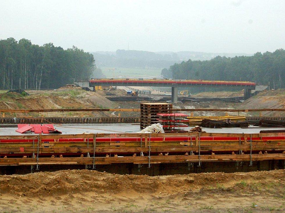 Stavba posledního úseku dálnice D1 v úseku Bohumín - polská hranice
