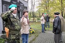 Pietní akt u památníků padlých vojáků