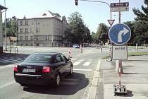 V Karviné dnes začala uzavírka na hlavním průtahu městem. Uzavřena je křižovatka u univerzity z ulice Borovského.