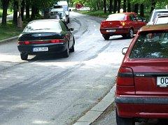 Snímek z roku 2007, kdy už se o zjednosměrnění Moskevské ulice začalo vážně uvažovat.