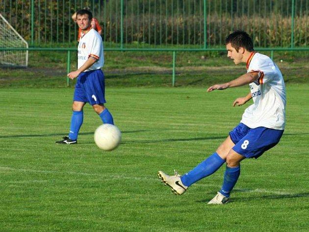 Hned třikrát po sobě prohráli doma albrechtičtí fotbalisté v krajském přeboru.