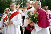 Ostatky svatého Melichara Grodeckého se přesouvají z Těšína do Cieszyna každý rok.