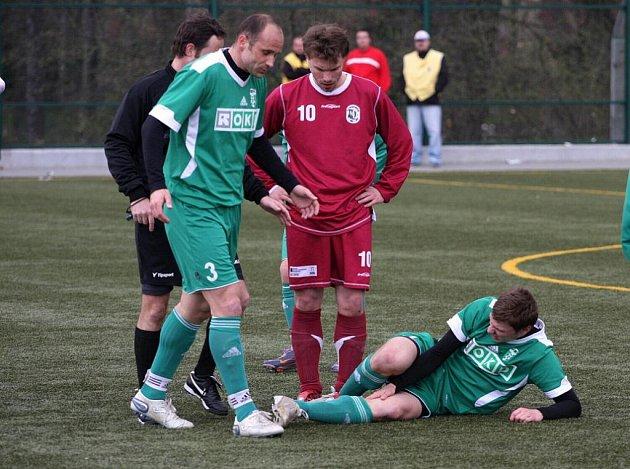 Martin Opic (s číslem 3) si o víkendu připsal na konto dvě branky a jednu gólovou nahrávku.