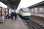 Pendolino u peronu havířovského vlakového nádraží