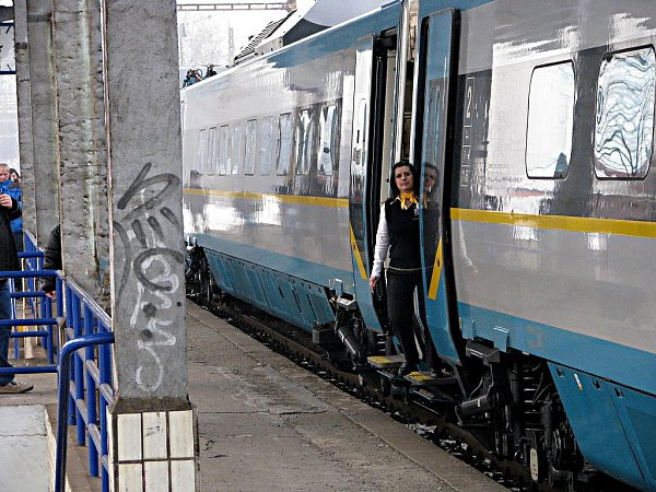 Pendolino uperonu havířovského vlakového nádraží