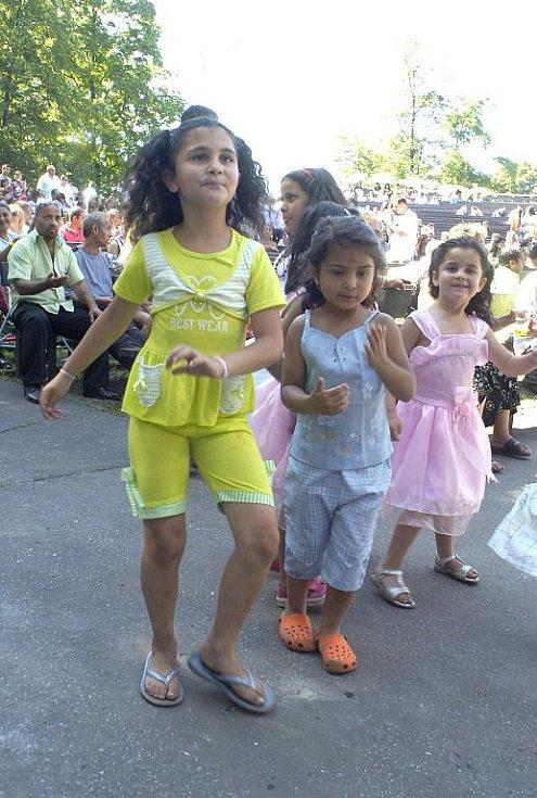 Jedenáctý ročník Karvinského romského festivalu se v sobotu konal v Karviné.