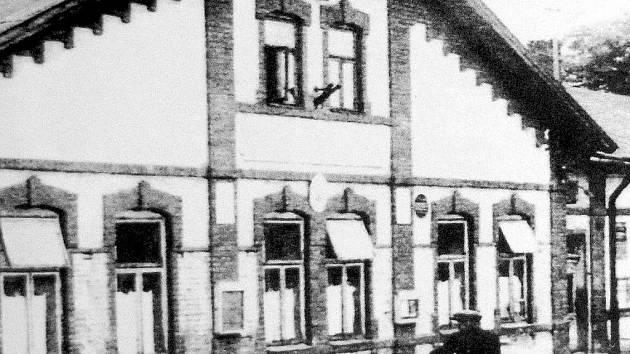 Dobový snímek Dělnického domu