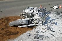 Nehoda motocyklu s nákladním automobilem v Bohumíně